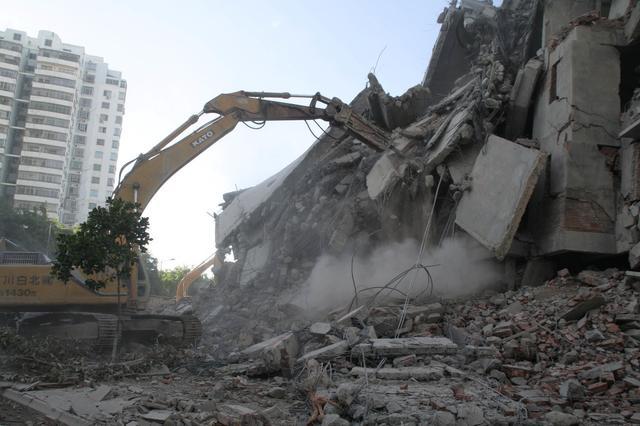 2020年,面对非法强制拆迁,你会选择怎样的应对方式呢?
