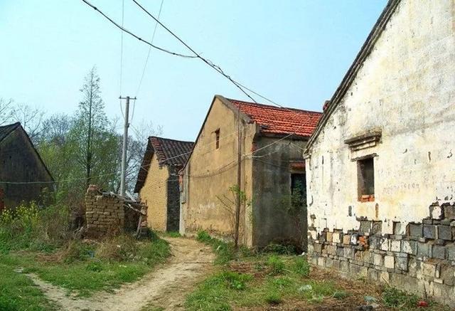 征收拆迁,农民的住宅遭遇这3大挑战,补偿还能到手吗?